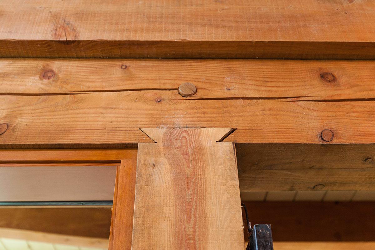 beam dovetail detail