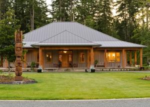 Exceptional West Coast Home Design