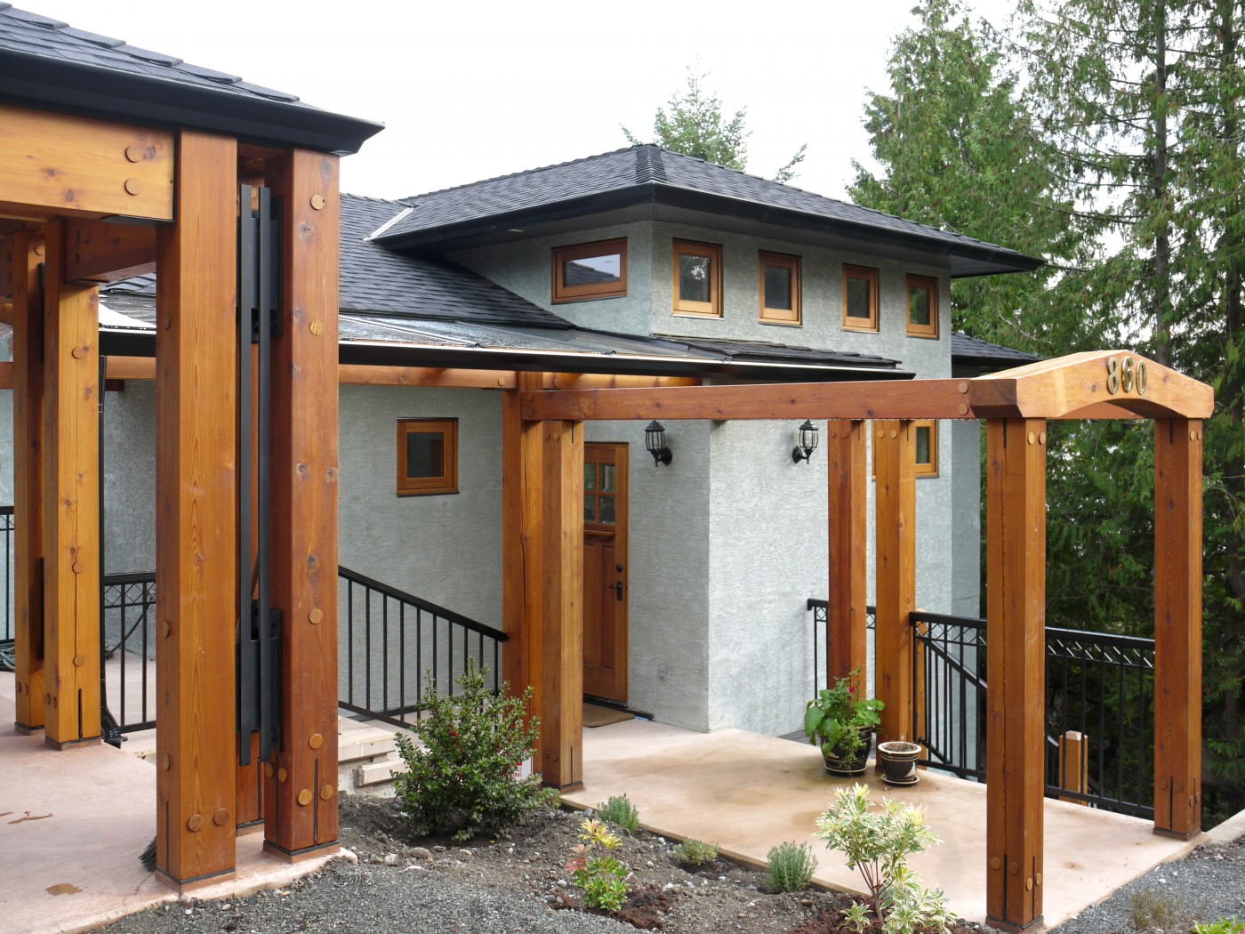 beams in the exterior design