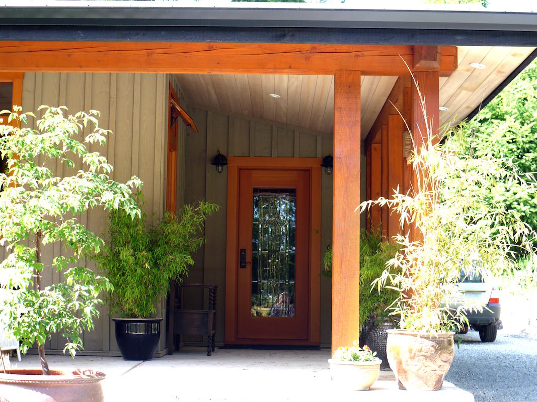 entrance - Trottier