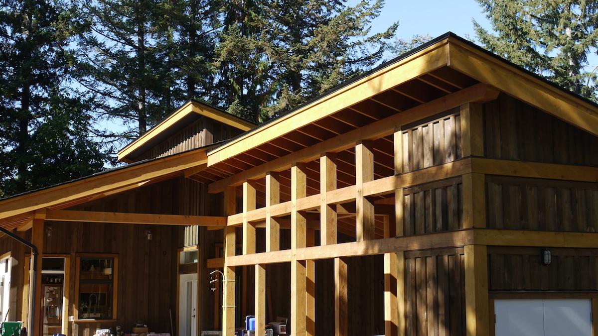 exterior-front - Glenora Residence