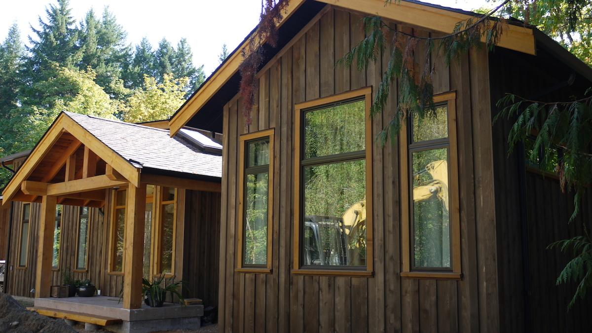 front-entry - Glenora Residence