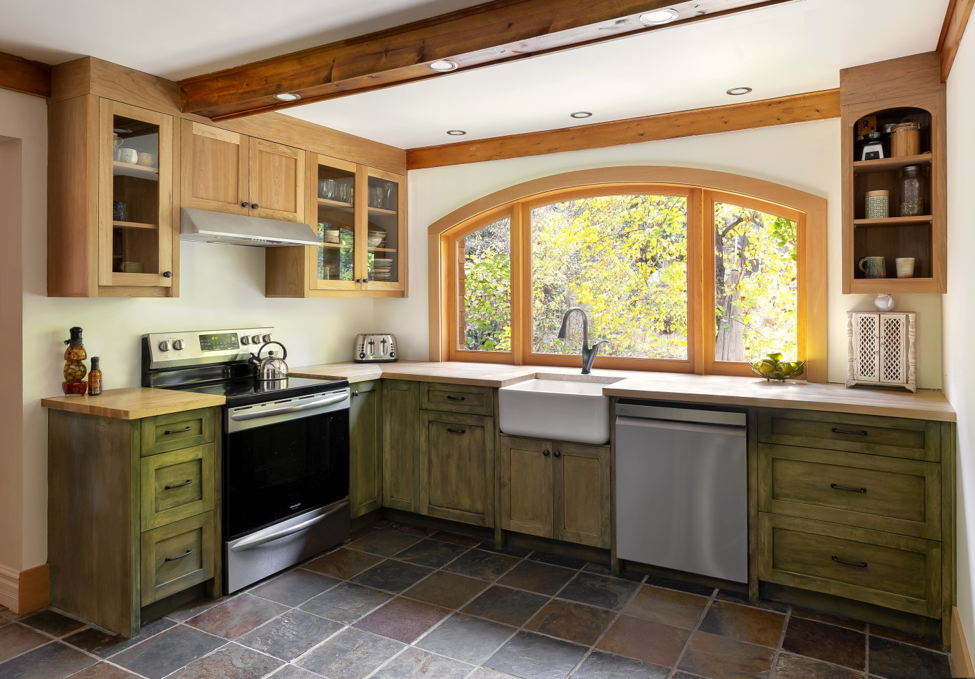 Eclectic Artists Kitchen